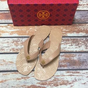 🌸Tory Burch Monroe Thong Light Makeup 9.5